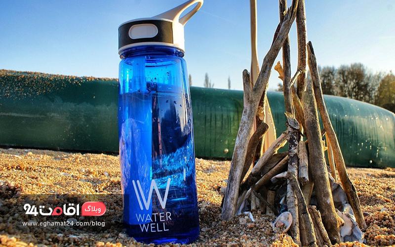 نوشیدن آب کافی در سفر