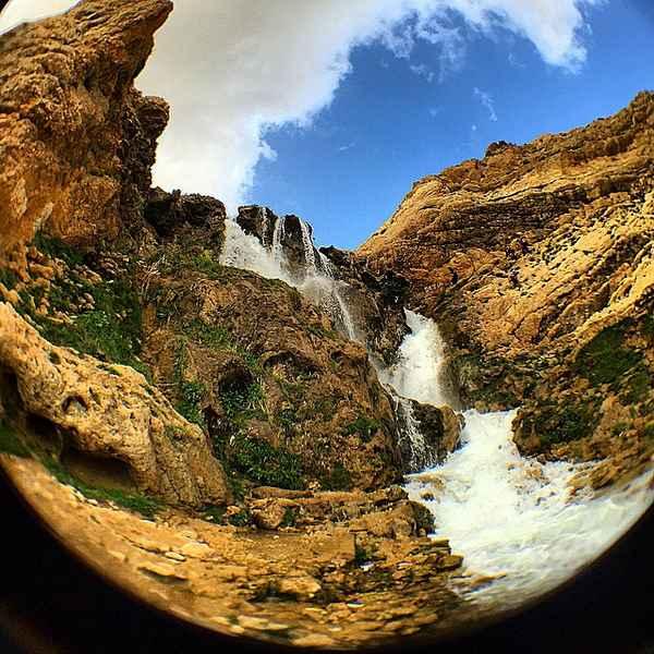 سفر یک روزه اطراف اصفهان - آبشار پونهزار
