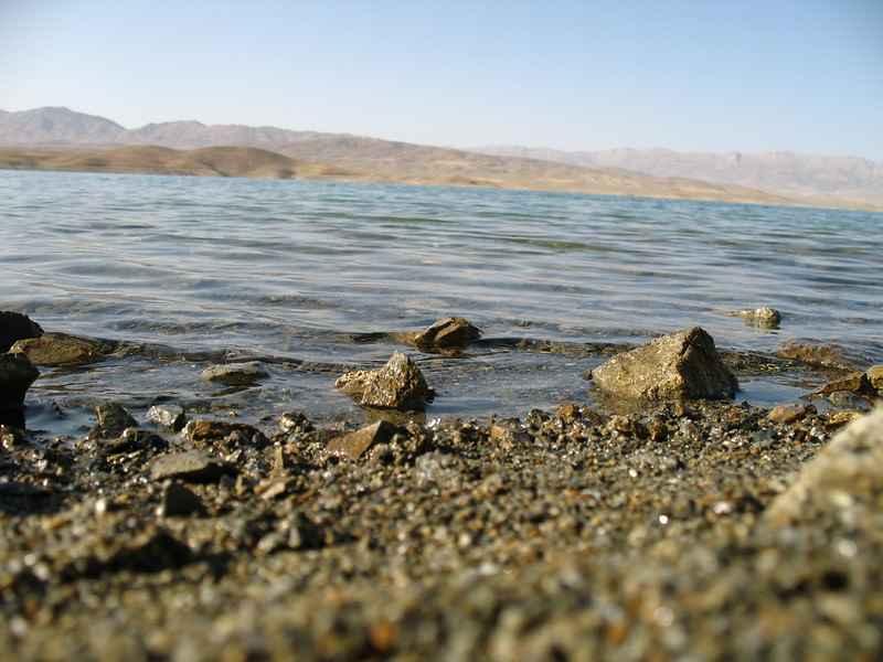 سفر یک روزه اطراف اصفهان - دریاچه چادگان
