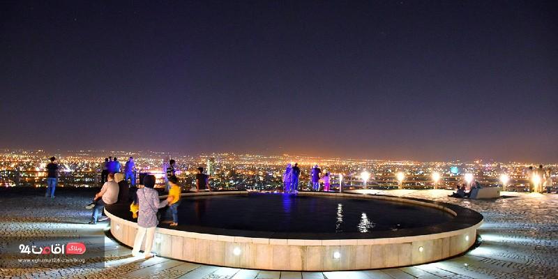 بام هفت تیر جاهای دیدنی مشهد در شب