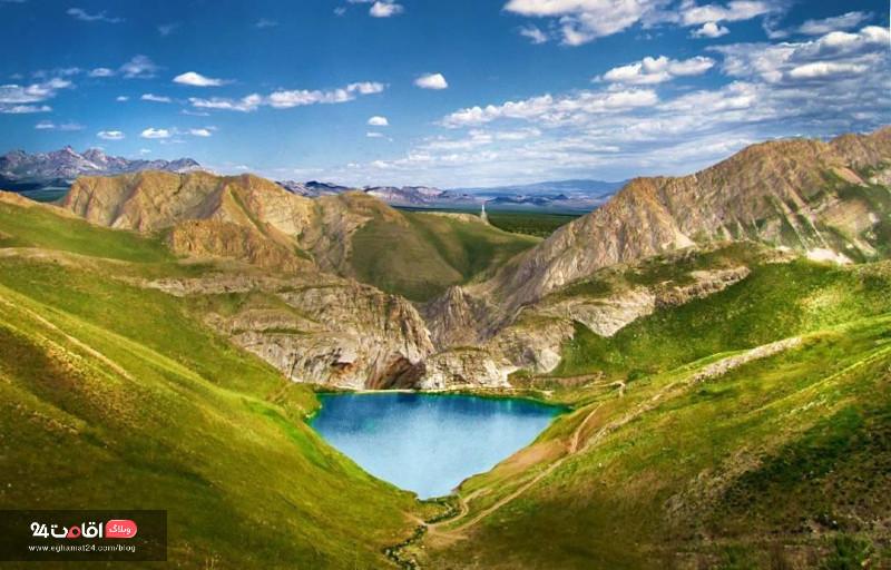 دریاچه لزور و جاذبه های اطراف